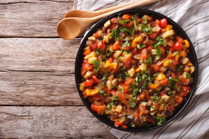 Tocană de legume - combinații delicioase de tocană pentru iarnă