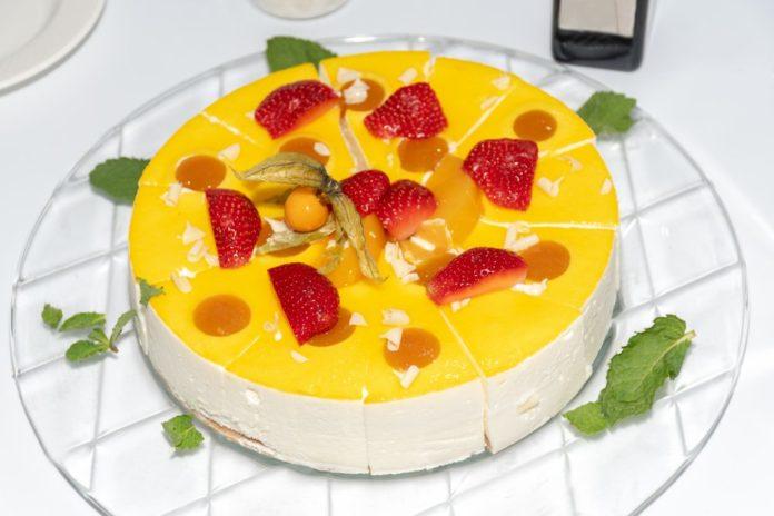 Tort diplomat - rețete pentru cel mai bun tort fără coacere